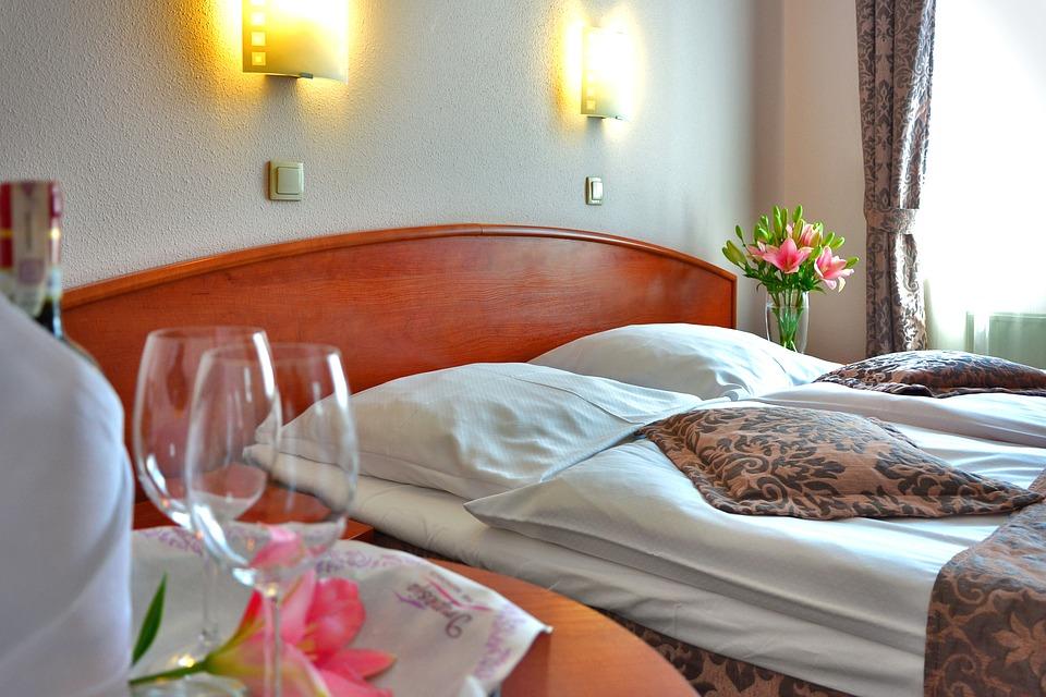 enviar flores a un hotel