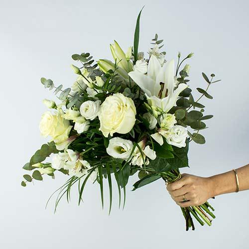 Envio de ramo elegante lysa flores