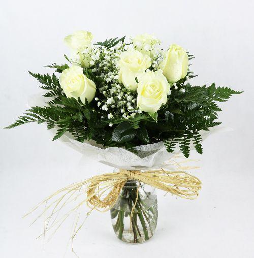 enviar seis rosas blancas a domicilio